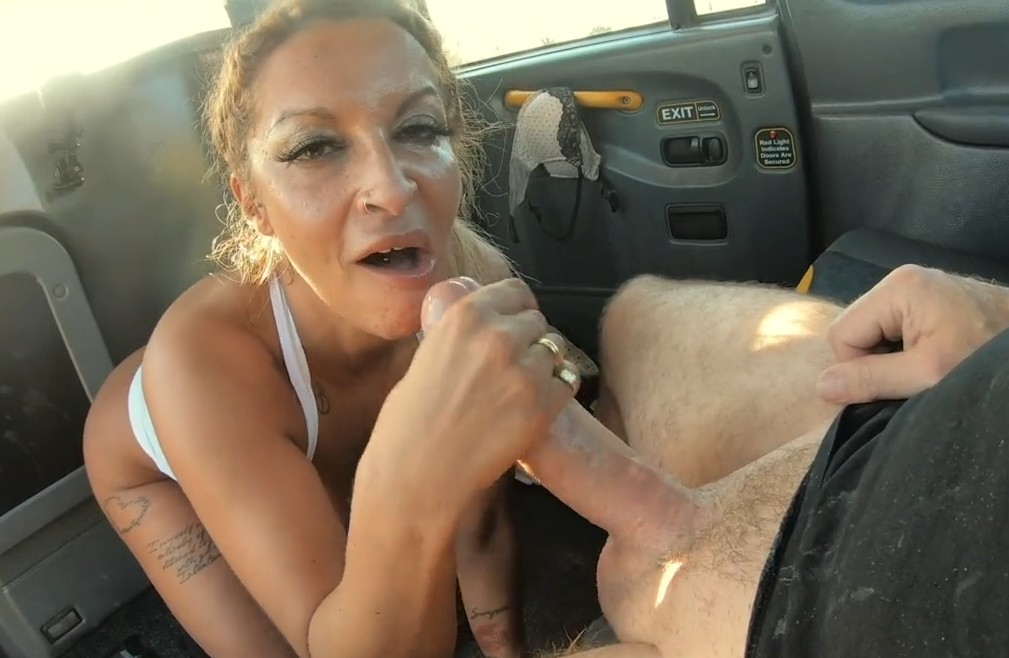 Fake Taxi - Blonde milf with huge boobs in taxi