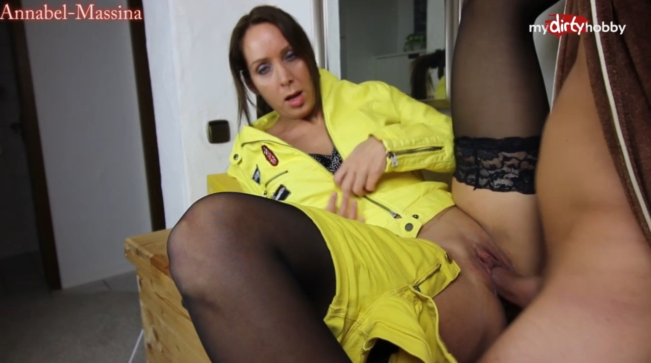 MyDirtyHobby - German delivery babe fucked hardly at clients house