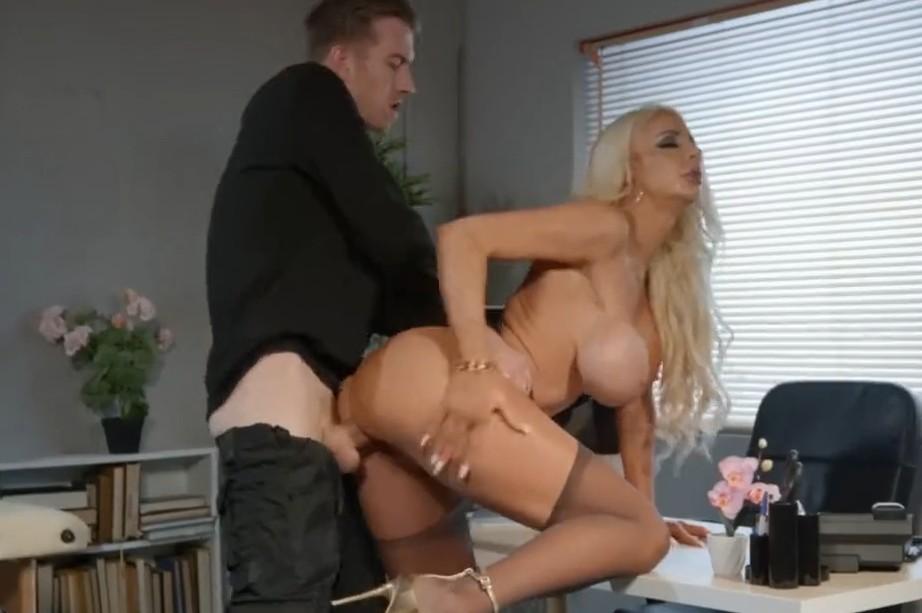 Brazzers - Busty blonde Nicolette Shea gets fucked in office