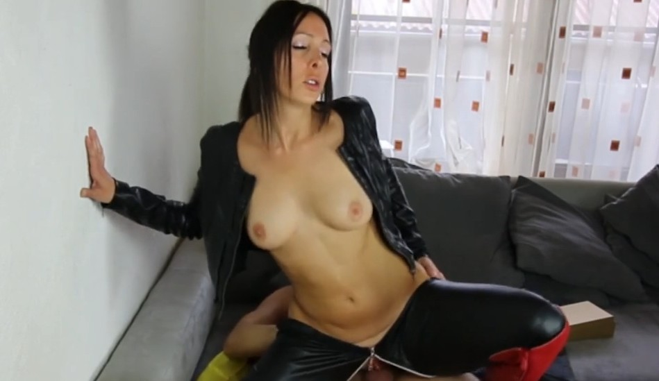 MyDirtyHobby - Amateur german mature rides a dick