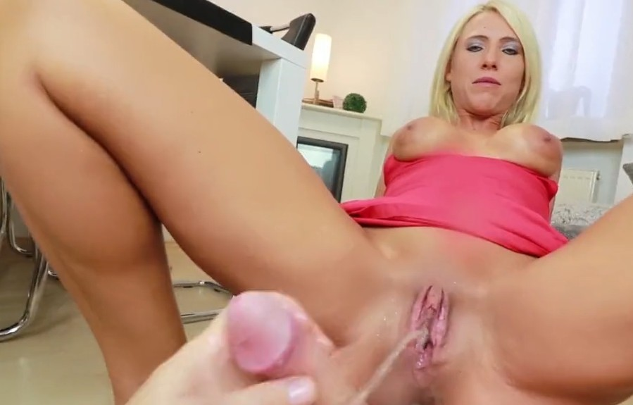 MyDirtyHobby - Anal and pissing with amateur milf