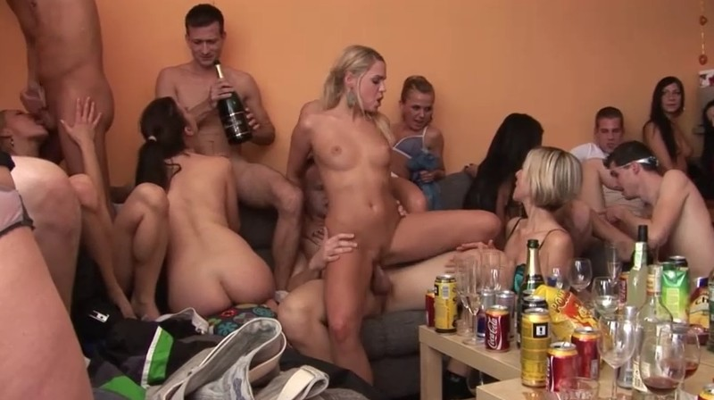Czech Home Orgy - The best home amateur orgy compilation