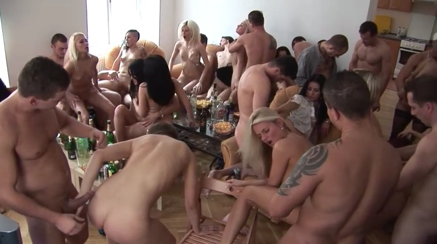 Czech Home Orgy - Drunk babes are fucking at home orgy party
