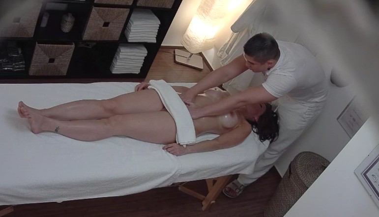 Czech Massage - Busty brunette and her first sexuall massage