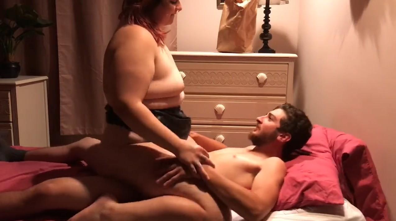 Fat bitch rides a dick