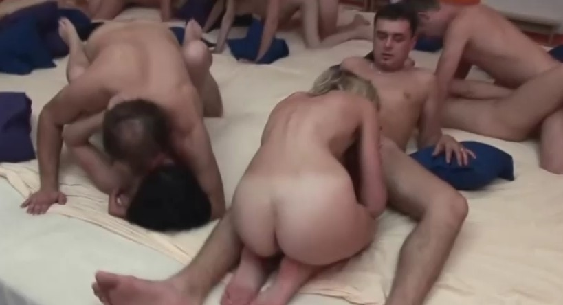 Czech Mega Swingers - Czech couples fuck in swingers party