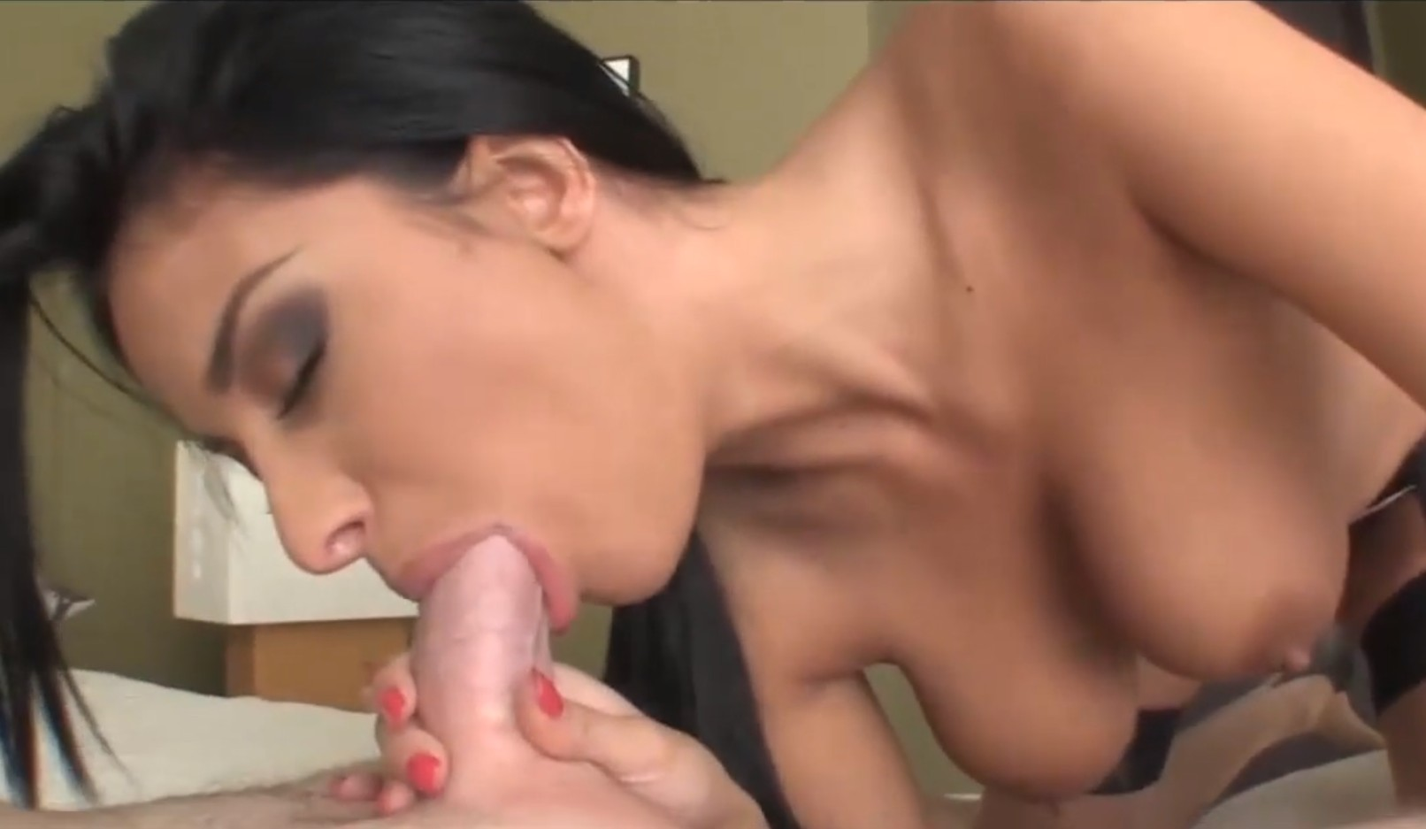 Pretty girl wants his cum inside mouth